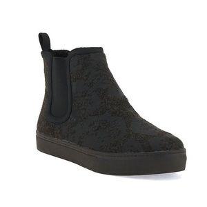 NEW Elliott Lucca Palmira Felt Sherpa Sneaker Boot